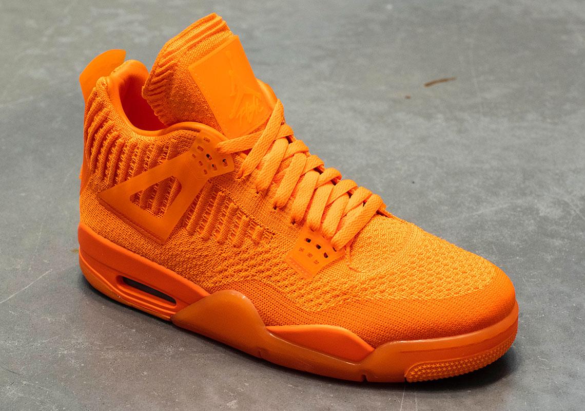 Air Jordan 4 Flyknit Total Orange